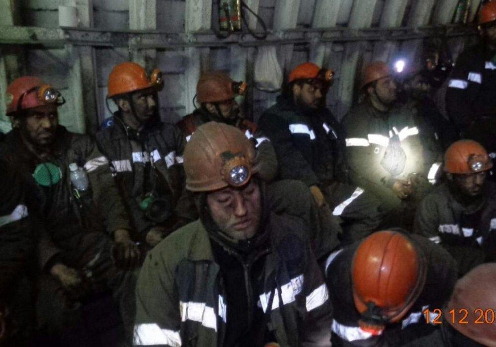 """""""АрселорМиттал Темиртау"""" через суд пытается признать забастовку шахтеров незаконной"""