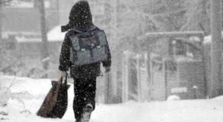 В Астана LRT выяснили, кто высадил мальчика из автобуса в мороз