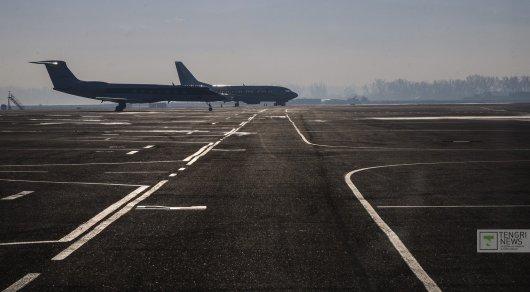 Аэропорт Астаны возобновил работу, прерванную из-за непогоды