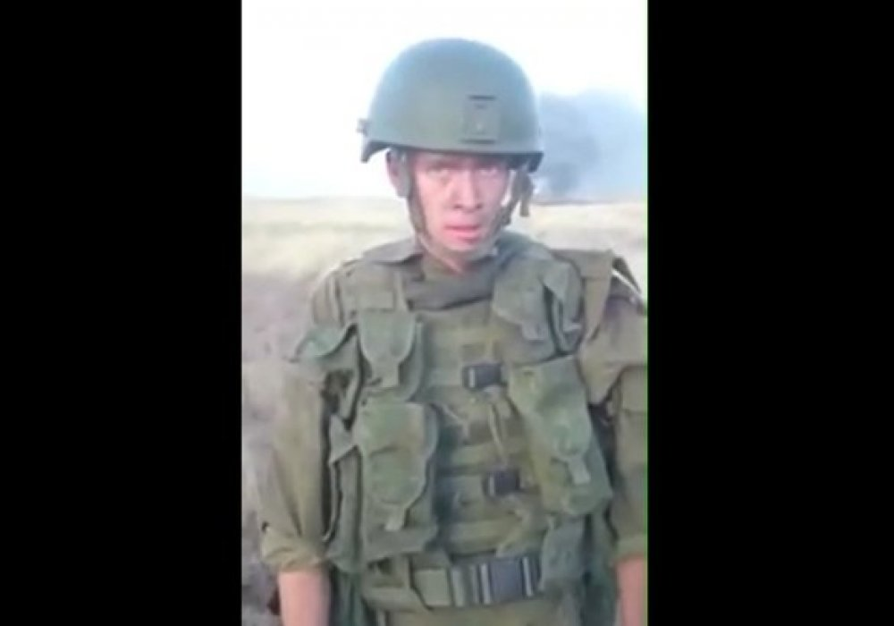 Случайно вышло: солдат в России сжег БТР и попал на видео