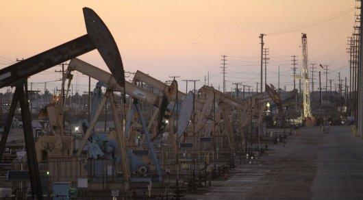 Цена барреля нефти марки WTI превысила $64 впервый раз сконца 2014-ого