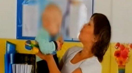 ВАктобе повине матери ослеп годовалый ребенок