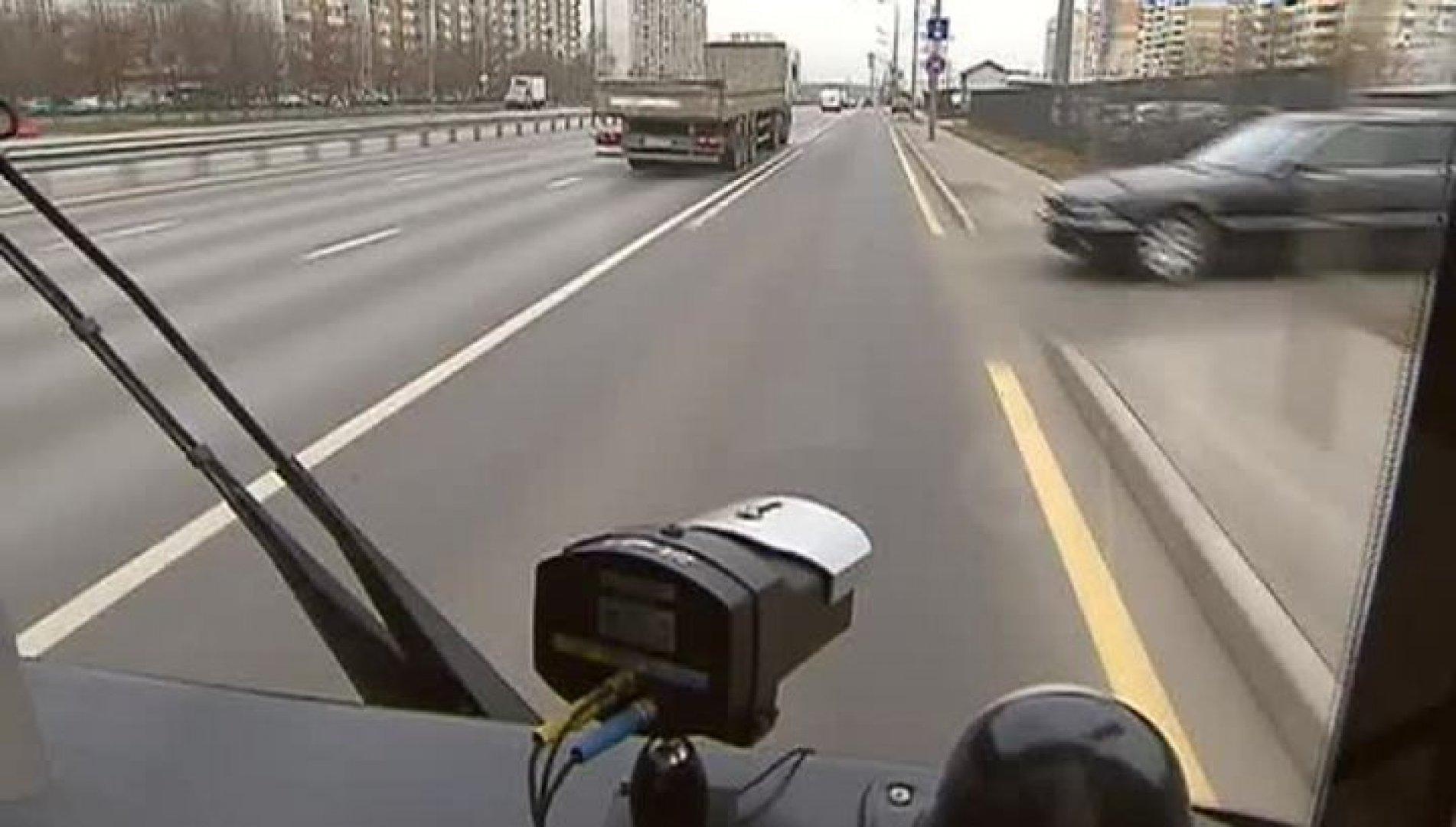 На городских автобусах Алматы установят камеры для фиксации нарушений ПДД