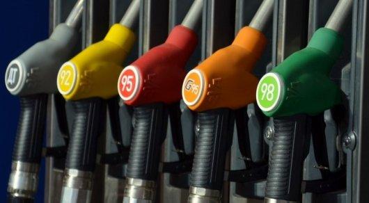 Говорить, что бензин подешевеет, неприходится— Бозумбаев
