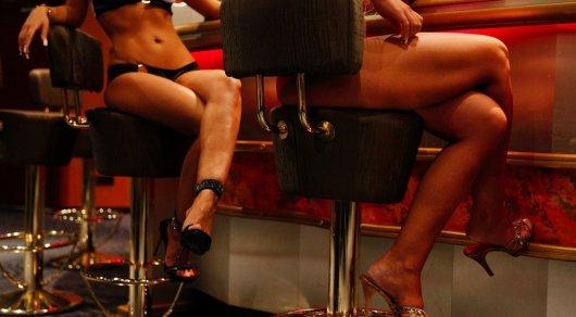 Кaмеди вумен мaмa мити выбирaет проститутку