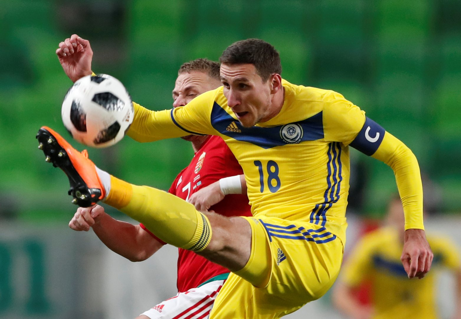 Картинки казахстанских футболистов, сложить