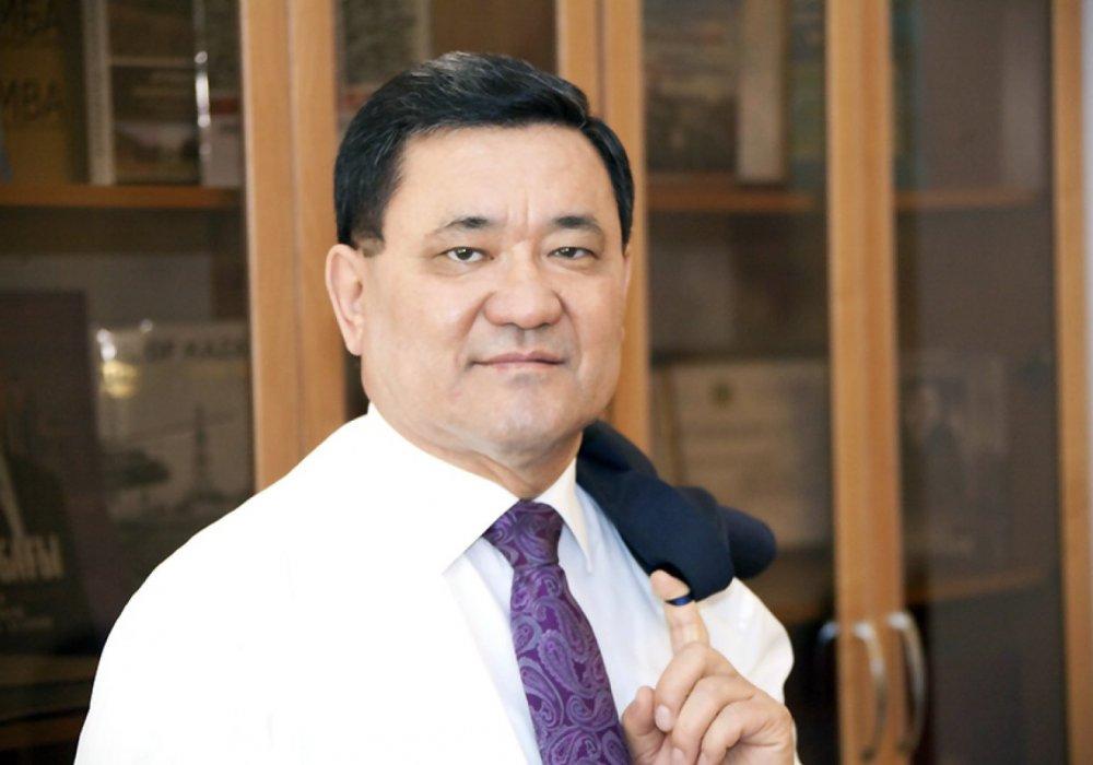 Мясо и авто в виде взятки: Экс-главу комитета МИР РК судят в Астане