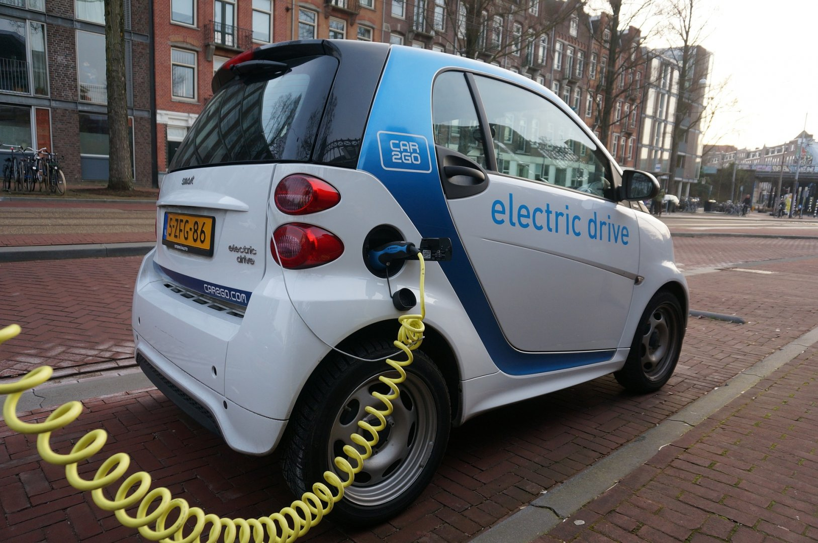 Покупателям электрокаров в Казахстане предложили выделять по 5 тысяч  долларов - новости автоиндустрии   Tengrinews 56ffa40cb4e