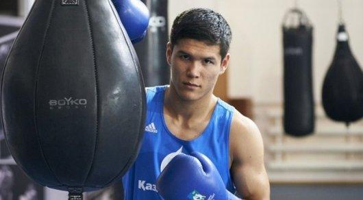 Данияр Елеусинов науровне провел 1-ый бой впрофессиональном боксе