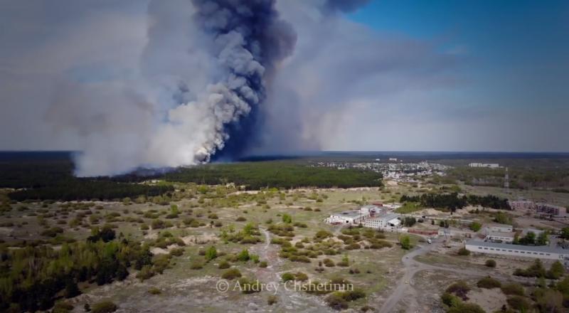 Крупный пожар в ВКО сняли на видео с высоты