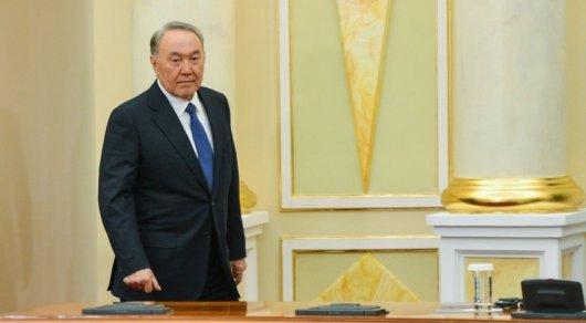 Путин поздравил Назарбаева сднем рождения