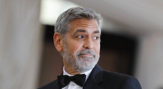 Джордж Клуни разбился намотоцикле