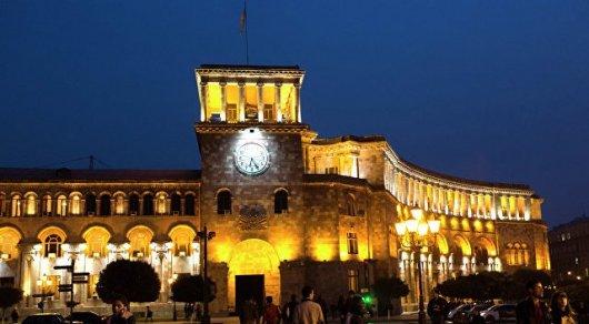 «Гражданский договор» выдвинул комедийного артиста напост главы города Еревана
