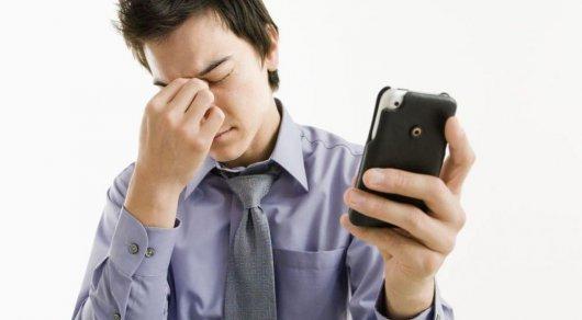 Ученые установили вред отподсветки мобильных телефонов