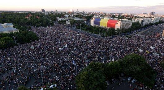 ВРумынии вовремя антиправительственной демонстрации пострадали 440 человек