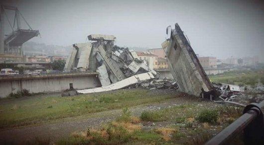 Во время обрушения моста в Италии пострадали десятки человек