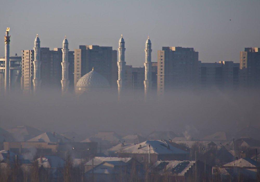 """""""В печном дыму"""". Астанчане пожаловались на смог"""