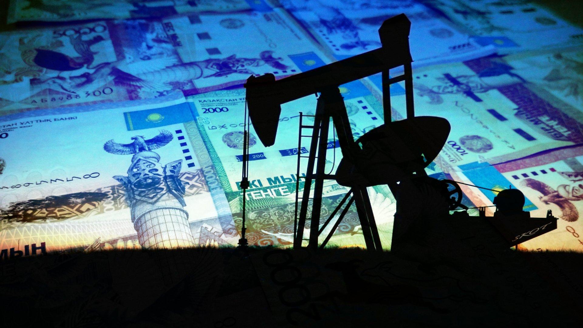 Выплаты нефтяных налогов поддержат курс тенге - экономисты