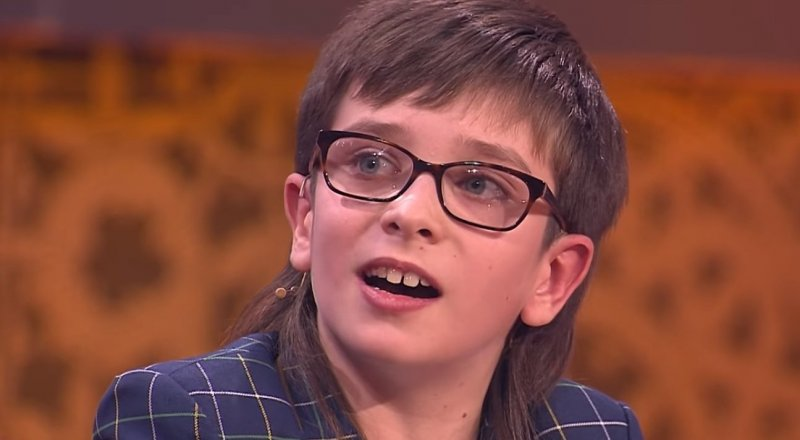 Мальчик из Санкт-Петербурга спел гимн Казахстана на шоу Галкина