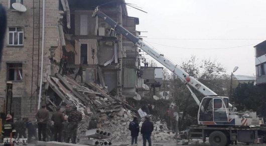 Размещены  первые кадры сместа взрыва жилого дома вАзербайджане