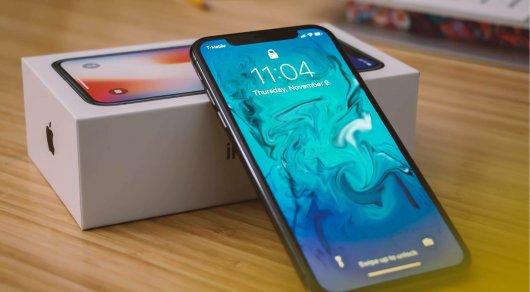 Неожиданно. НаApple подали всуд из-за выреза вiPhone