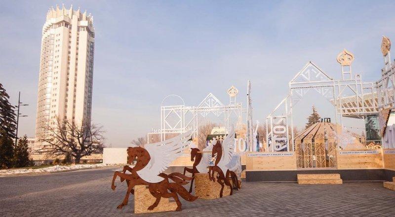 Новогодняя резиденция Деда Мороза появилась в Алматы