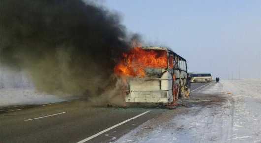 Владельца автобуса, в котором сгорели 52 человека, доставили в Шымкент