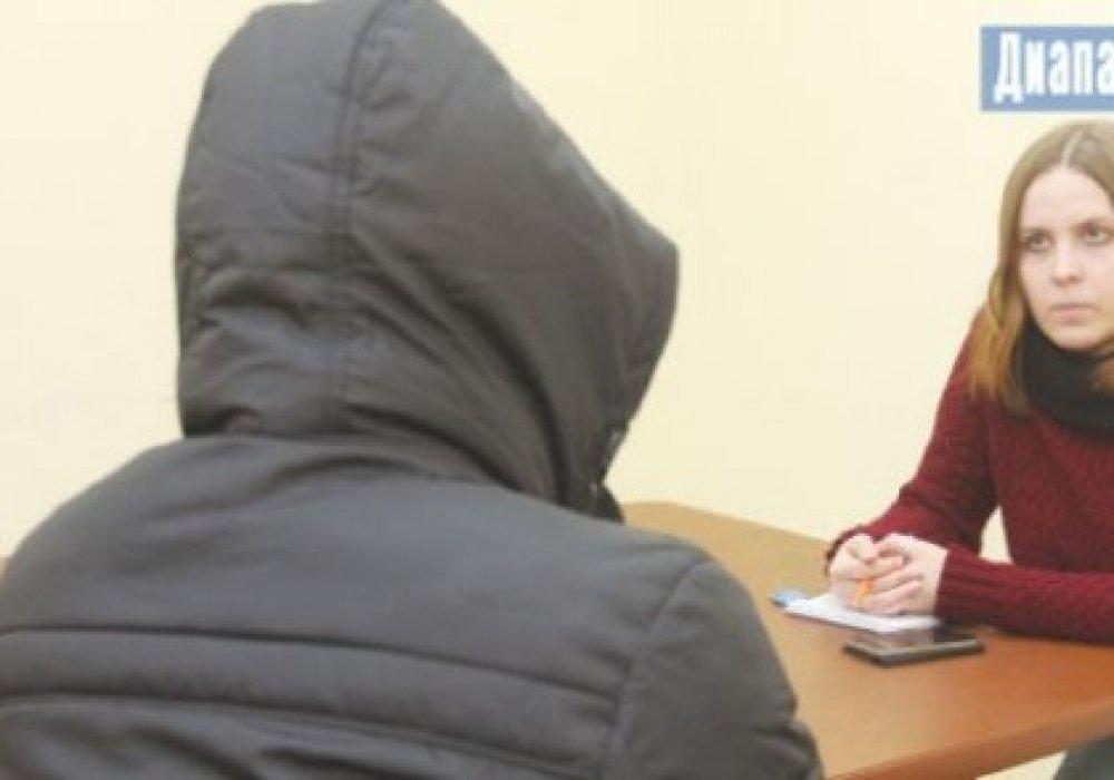 Парень из Актобе нашел мать, бросившую его 23 года назад, но оказался разочарован