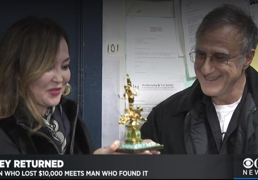 Житель Нью-Йорка нашел казахстанку и вернул 10 тысяч долларов