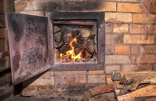 Семья из семи человек отравилась угарным газом в Алматы