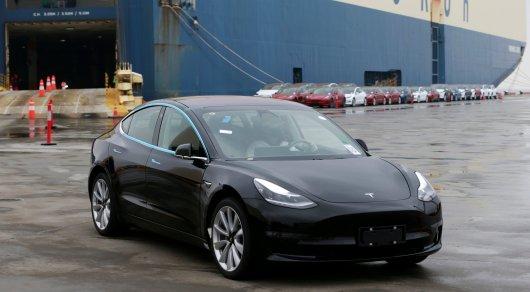 Илон Маск объявил о выходе самой дешевой версии Tesla Model 3