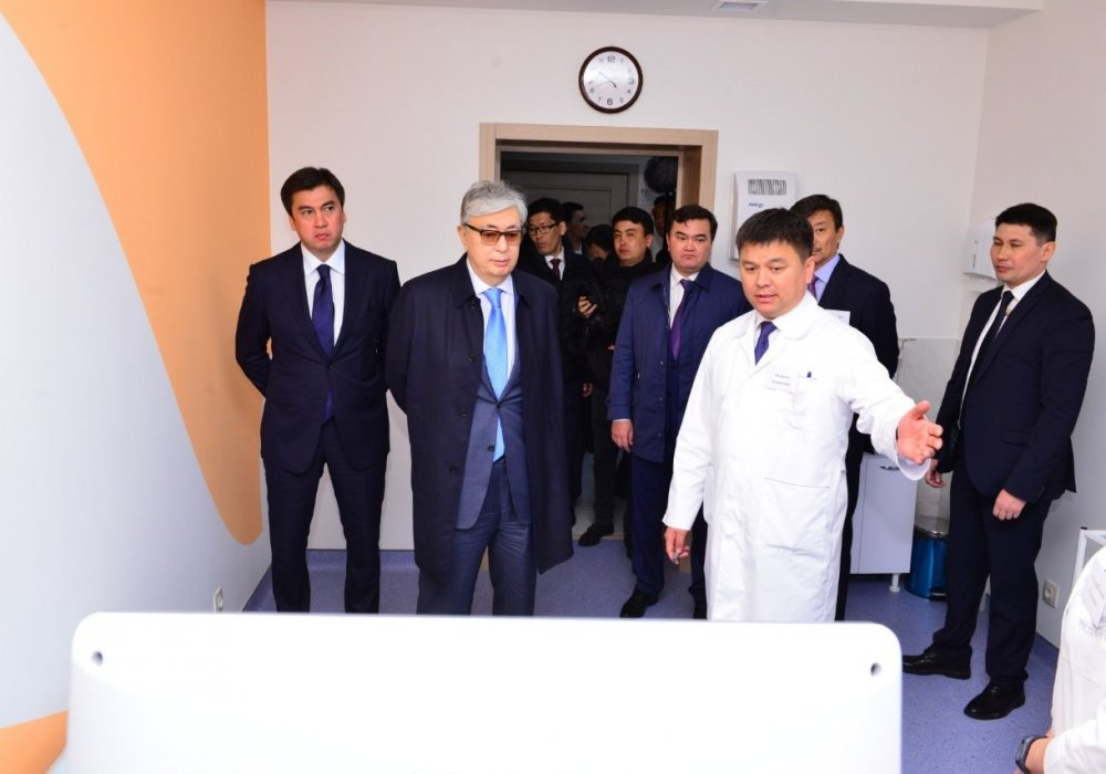 Токаев посетил новый центр MEDIKER 4K в Шымкенте