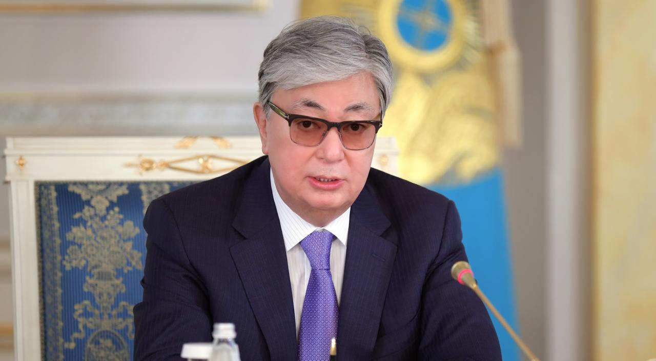 Ажырасқан: Ақорда Тоқаевтың өмірбаянын жариялады
