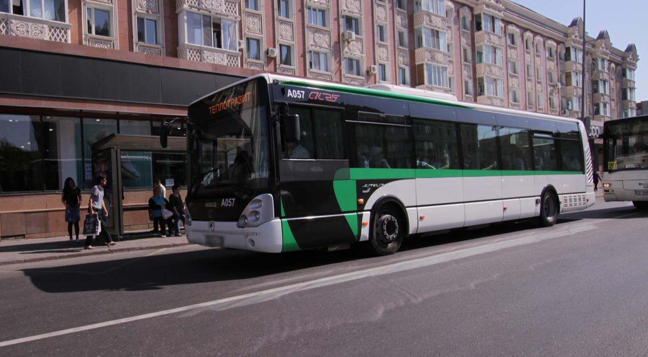Самые опасные места в автобусе назвали эксперты