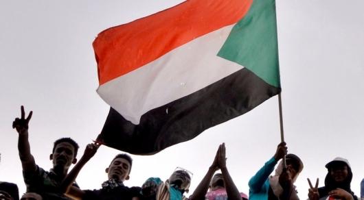 В Судане совершён госпереворот, ожидается заявление военных