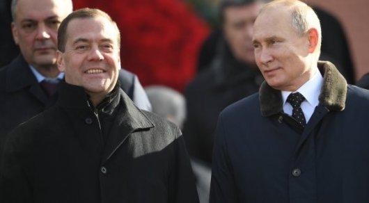 «ФАКТЫ»: Владимир Путин втечении прошлого года  обеднел на10 млн.  руб.