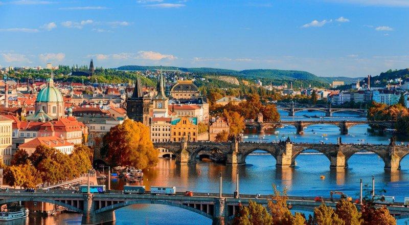 Прага в июне - что взять и что делать: отдых, погода, отзывы | 440x800