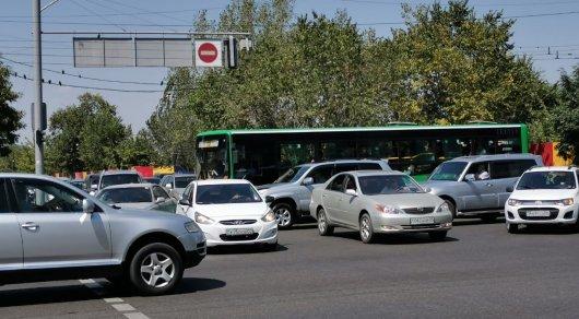 600 полицейских вышли на обесточенные перекрестки Алматы