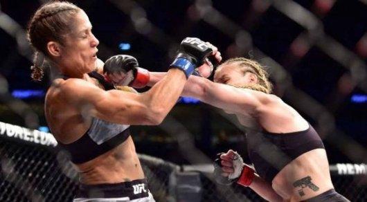 Чемпионка UFC из Кыргызстана снова защитила свой титул