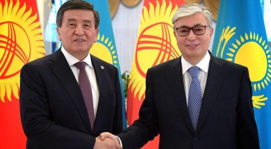 Токаев поздравил Жээнбекова с Днем независимости Кыргызстана