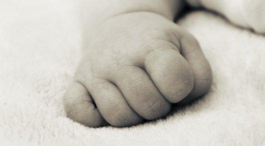 Врачи в Атырау убили младенца, чтобы не переделывать документы - Антикоррупционная служба - Иллюстративное фото: pexels.com