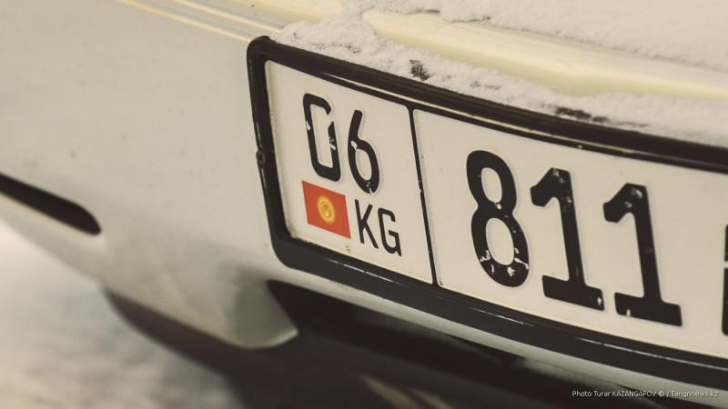 Сколько авто ввезли в Казахстан из Армении