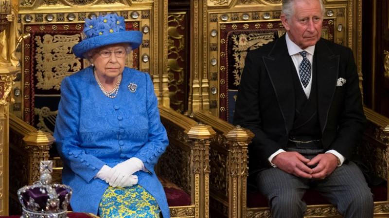 Королева Елизавета II и Принц Чарльз. Фото: REUTERS/Stefan Rousseau