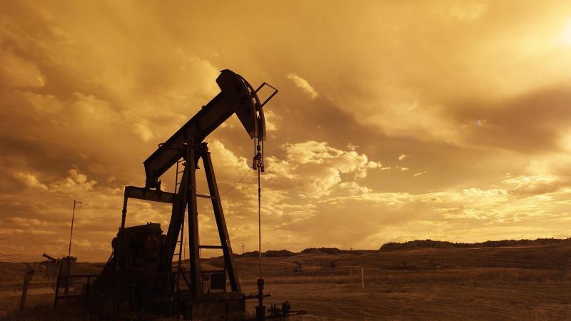Намировом рынке вновь резко упали цены нанефть