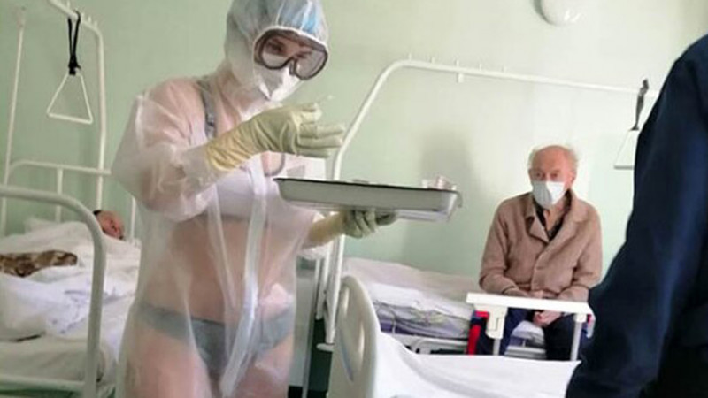 Девушка модель работы врача работа на дому вебкам