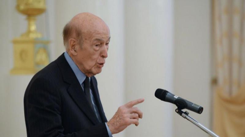 Названа причина смерти прежнего президента Франции Жискара д'Эстена