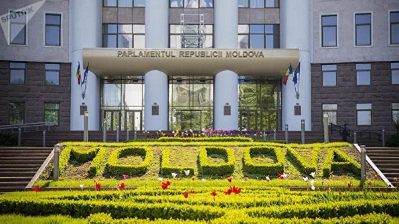 Молдова возвратила русскому языку статус языка межнационального общения