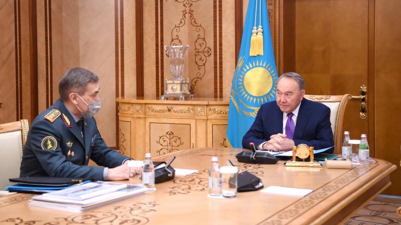 Назарбаев принял министра обороны