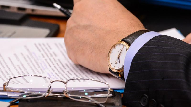 Уголовные дела заведены на пятерых вице-министров - Шпекбаев