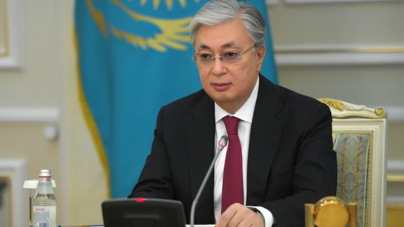 Токаев обратился к казахстанцам по поводу государственного языка